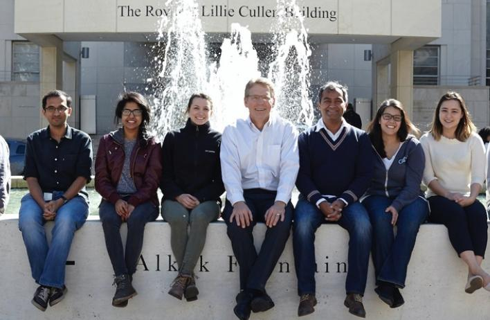 Cooper Lab members in front of the Alkek Fountain at Baylor College of Medicine, February 2018.